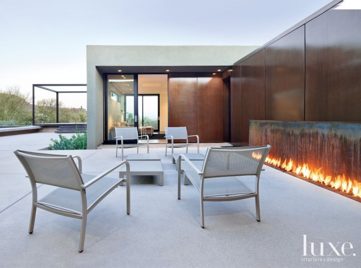 Neutral modern outdoor living room luxe trends for Contemporary outdoor living spaces