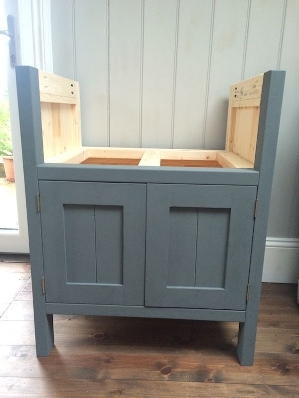 Belfast sink unit - solid wood -freestanding kitchen unit