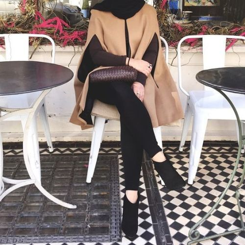 Camel cape  black ankle booties hijab chic-How to be elegant hijabista – Just Trendy Girls
