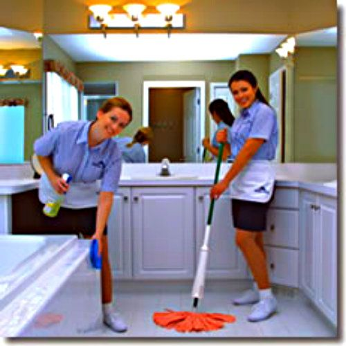how to clean up a mirror