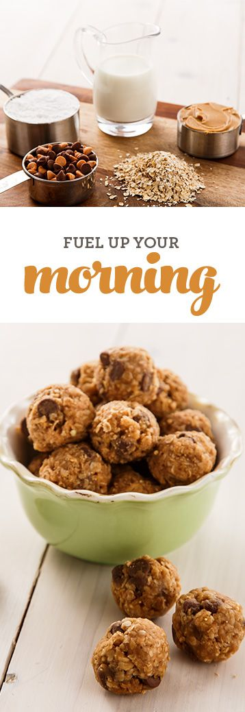 Looking for a no-bake, easy breakfast recipe? These granola bites are made with healthy ingredients you probably have in your pantry, like oatmeal and peanut butter (plus a little chocolate). They'll fuel you up so you have the energy you need to get through your morning.