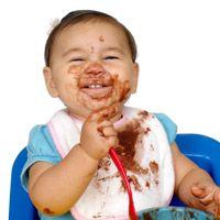 Come rimuovere le macchie di cioccolato