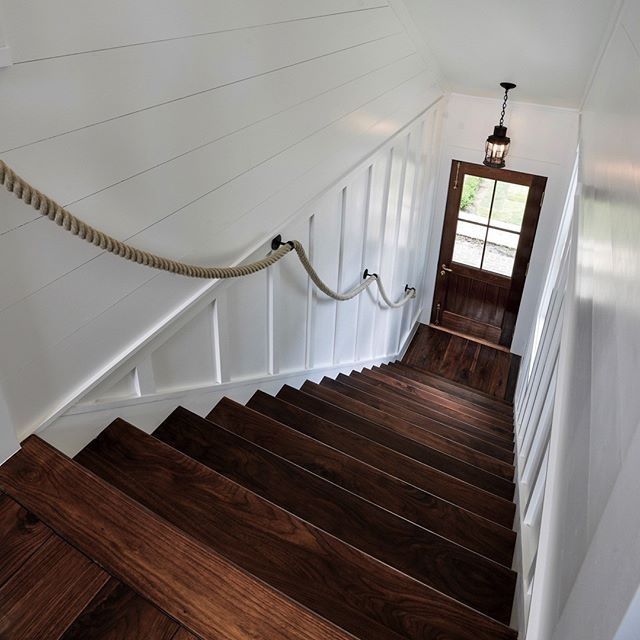 CARRIAGE HOUSE STAIRS | @robynhoganhomedesign | Robyn Hogan Home Design | CARRIAGE GUEST HOUSE | Lantern | Rope Handrail | Shiplap | Board and Batten | Entire project posted on INSTAGRAM & PINTEREST - Robyn Hogan Home Design | Enjoy!