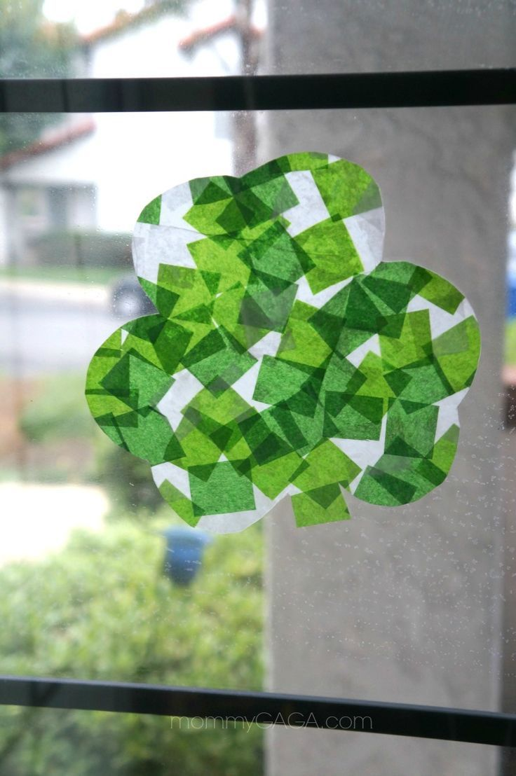 St pattys day crafts - St Patrick S Day Crafts Shamrock Stained Glass Art With Tissue Paper