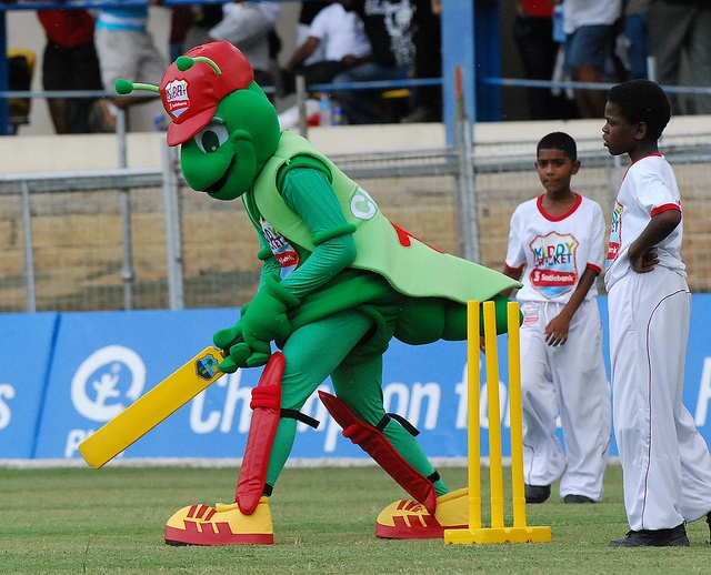 Here's Chirpy - the new Kiddy Cricket mascot - in action. We'll be seeing more of him in the WICB education resource sponsored by Scotiabank