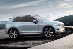 """В Женеве назвали """"Автомобилем года в Европе"""" кроссовер Volvo CX40"""