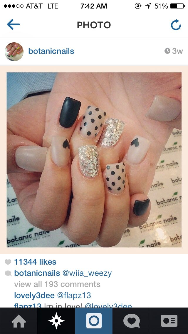 Black and Tan nails