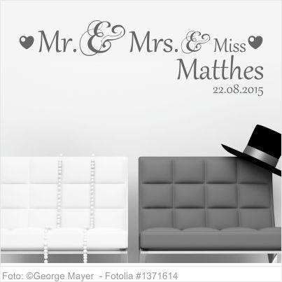 Wandtattoo Hochzeit Mr. and Mrs. und kleiner Miss