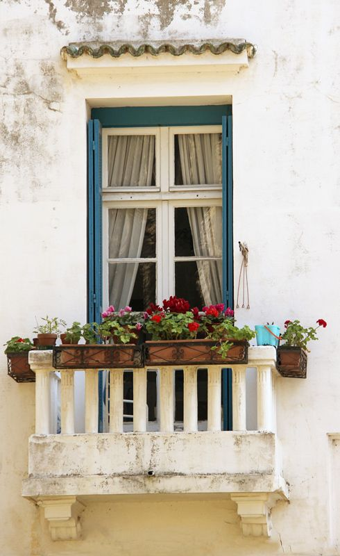 17 Best images about Window flower boxes on Pinterest | Flower ...