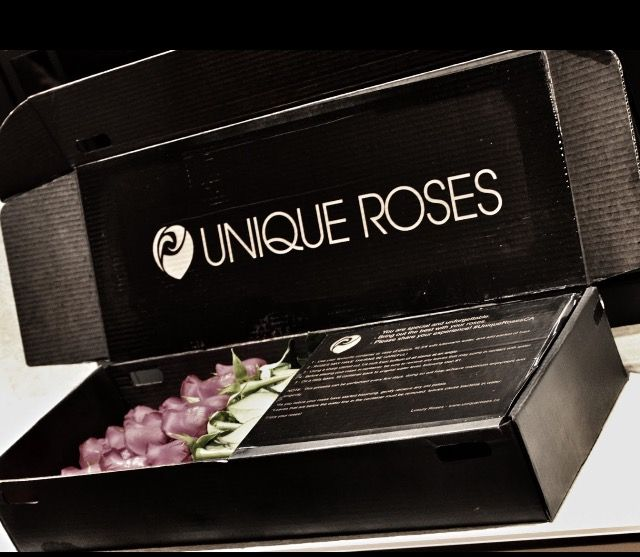 Great way to send Luxury Roses! #UniqueRosesCA our new signature box.  #Luxury #Roses #Valentines #Gift #Love #Happy #Friendship #Toronto #Canada