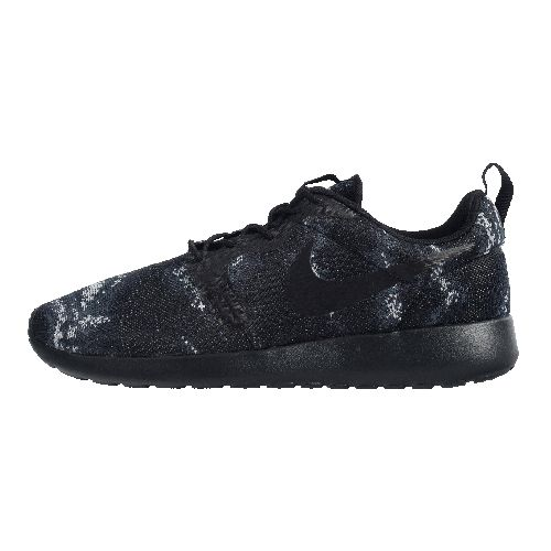 c155da5b27 NIKE ROSHE ONE JACQUARD now available at Foot Locker | I need these ...