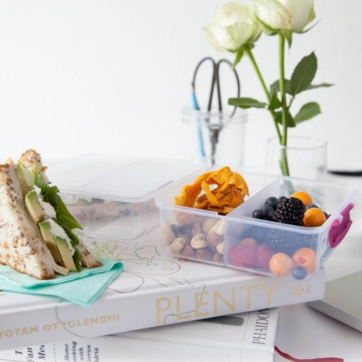 http://www.yuppiechef.co.za/spatula/ideas-for-awesome-office-lunches/