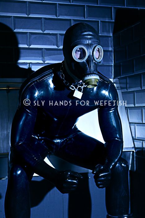 Vote for the best fetish photo of the year at www.wefetish.com! This magnific photo is by Sly Hands. Find more on Wefetish webiste!
