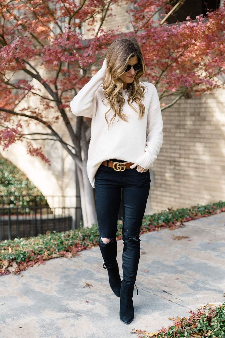 statement belt trend to try gucci brown logo belt, black jeans and black booties, brown belt with black jeans, oversized sweater with skinny jeans, casual fall outfit