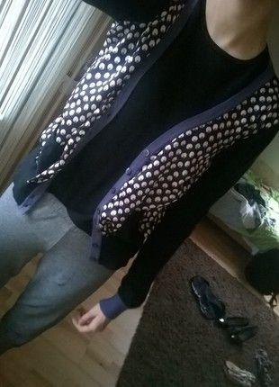 Kup mój przedmiot na #vintedpl http://www.vinted.pl/damska-odziez/kardigany/13195311-czarno-fioletowy-sweterek-od-armaniego