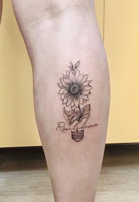 Resiliência | Tatuagem, Tatuagem feminina panturrilha, Tatuagem mulher