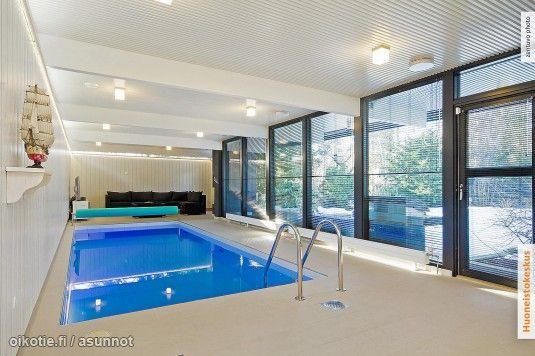 Myytävät asunnot, Lyökkiniemi 2, Espoo #oikotieasunnot #uima-allas #swimmingpool