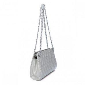 Lśniąca kopertówka z brokatem w kolorze srebrnym