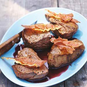 20 september - Biefstuk in de bonus - Recept - Biefstuk met rodewijnsaus en ham - Allerhande