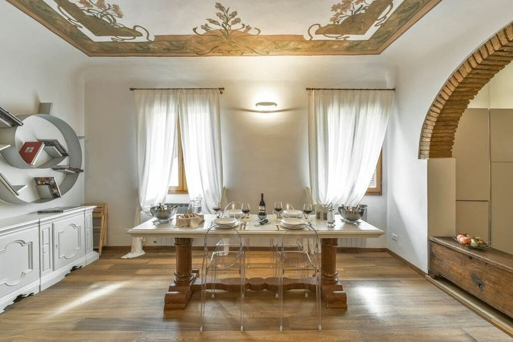 Квартира в Флоренция, Италия. Elegant recently renovated apartment situated on 2…