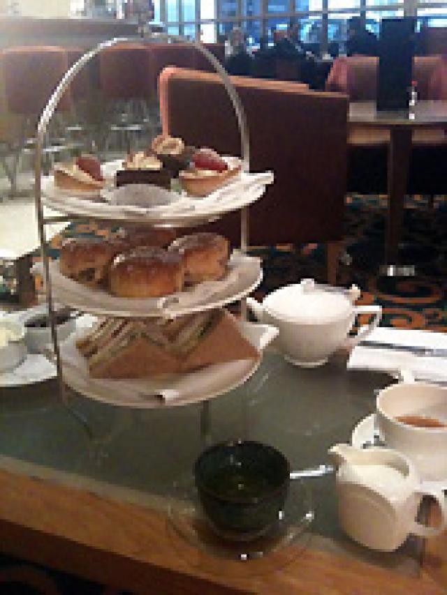 My Favorite Afternoon Teas in London: Kingsway Hall Hotel