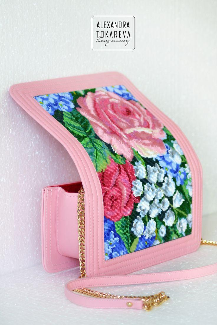 Эксклюзивные дизайнерские сумки вышитые бисером : Эксклюзивный клатч ручной работы выштый бисером «Rose garden»