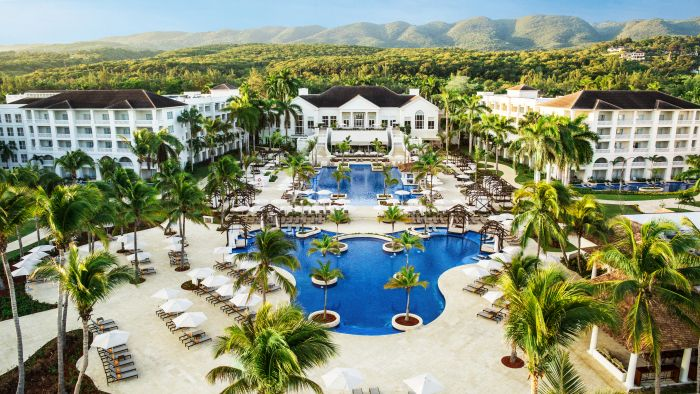 Hotel Spotlight: Hyatt Zilara/Ziva Rose Hall  Jamaica