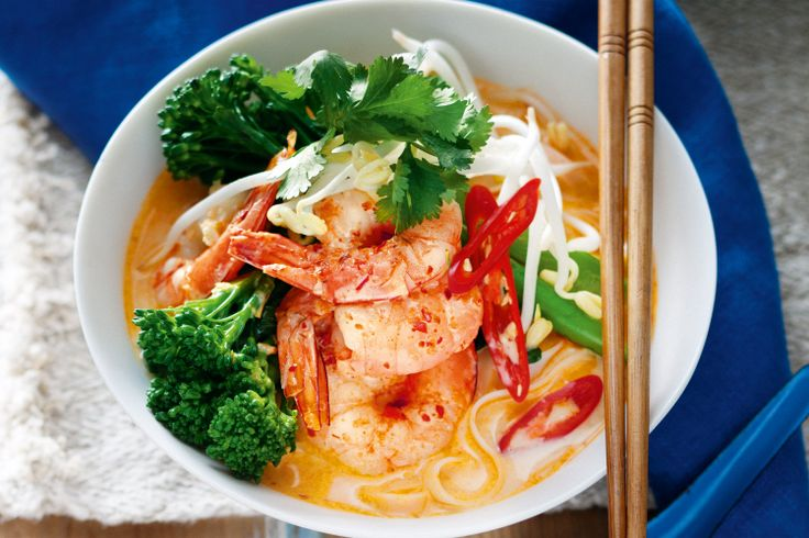 Skinny laksa with prawns http://www.taste.com.au/recipes/30915/skinny+laksa+with+prawns
