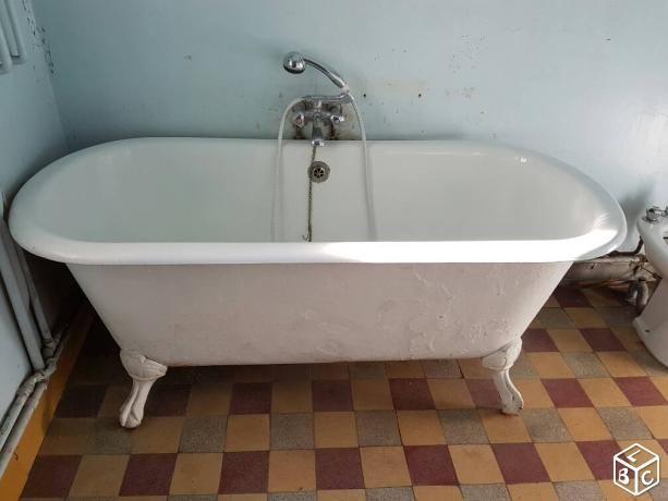 1000 id es propos de baignoire en fonte sur pinterest salle de bains grandes salles de. Black Bedroom Furniture Sets. Home Design Ideas