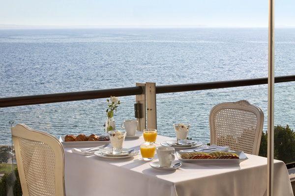 Orizontes, Roof Garden Restaurant, Electra Palace Hotel, Plateia Aristotelous 9, Thessaloniki 54624, Tel. 2310294000