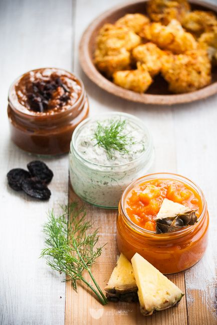3 proste, wegańskie sosy: koperkowy, słodko-kwaśny i BBQ ze śliwką