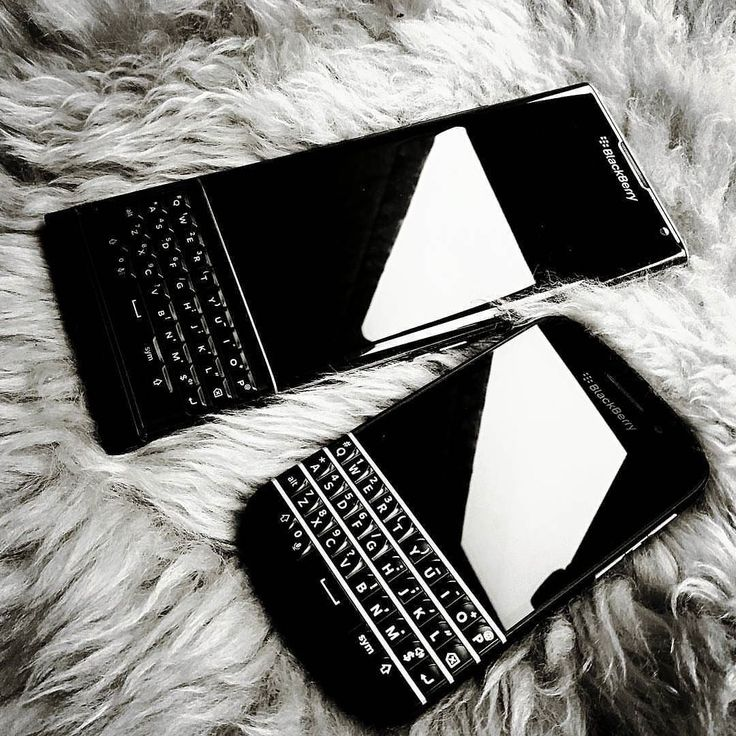 BlackBerry Priv y BlackBerry Q10 #PoweredByBlackBerry #Amazing #Luxury #LifeStyle #XtremeBBerry #LoveBlackBerry #IChooseBlackBerry #BlackBerryForLife #Nice #LuxuryBlackBerry #BB10 #Android #BlackBerryPriv #BlackBerryQ10 #TeamBlackBerry  _____________________________________  #ReGram @wilburzzz: Be a BBer #blackberry #bber #bbclassic #priv