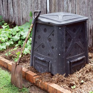 Choose the Best Compost Bin -If you dig composting but dislike the sight of rotting waste, try hiding those heaps inside commercial composting bins. Before you buy, look over our reader recommendations to find the best compost bin for your situation from among the many stationary bins, compost tumblers and worm composters on the market. -By Vicki Mattern -February/March 2014