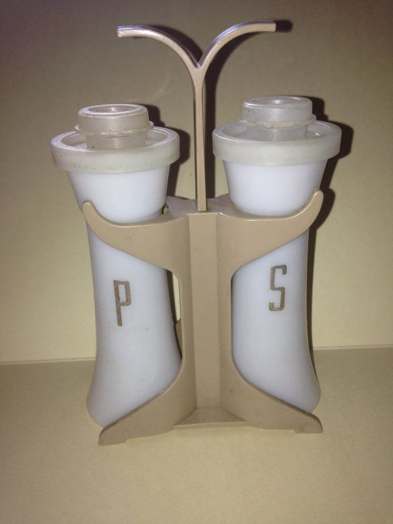 1000 images about the good 39 ol days on pinterest for Vintage tupperware salt and pepper shakers