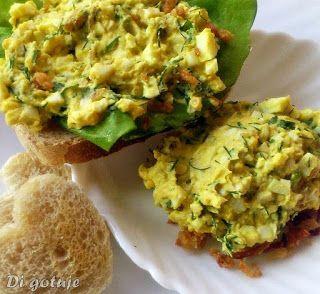 Di gotuje: Pasta jajeczna z koperkiem i prażoną cebulką