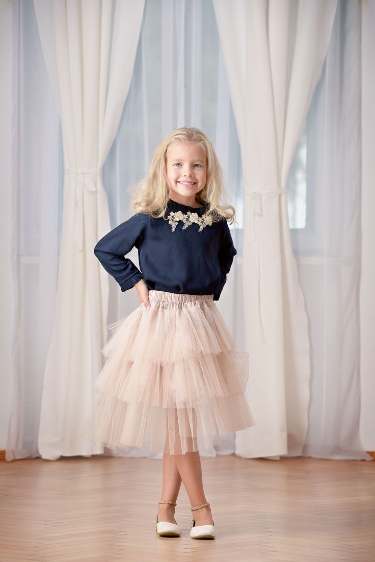 Beautiful outfit from Designers for kids, inspired from Rhea Costa style and suitable for children's parties outfits, beautiful fashion for children