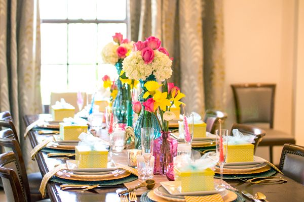 Centerpiece Ideas For Spring Luncheon : Love this color combo full table setting kendra scott