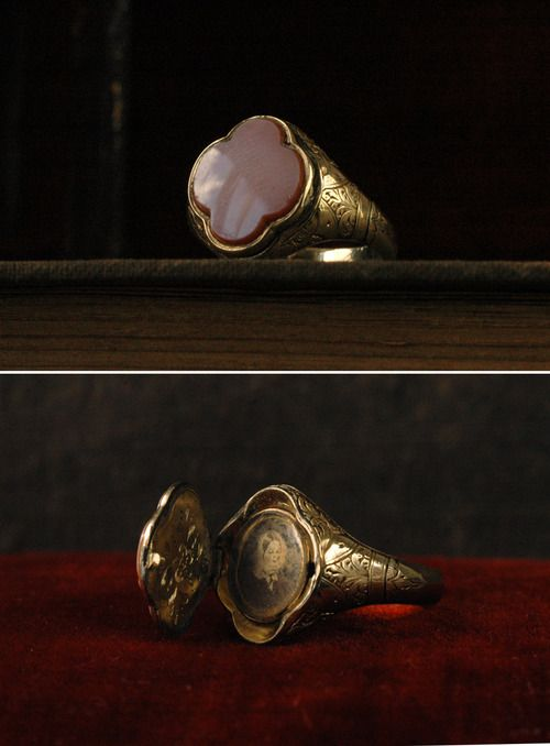Victorian signet/locket ring, glass-covered photograph. Gorgeous.