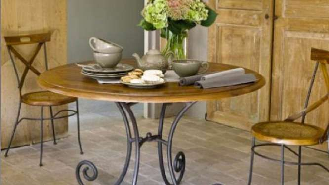 25 best ideas about table fer forg on pinterest meuble for Table bois pied fer forge