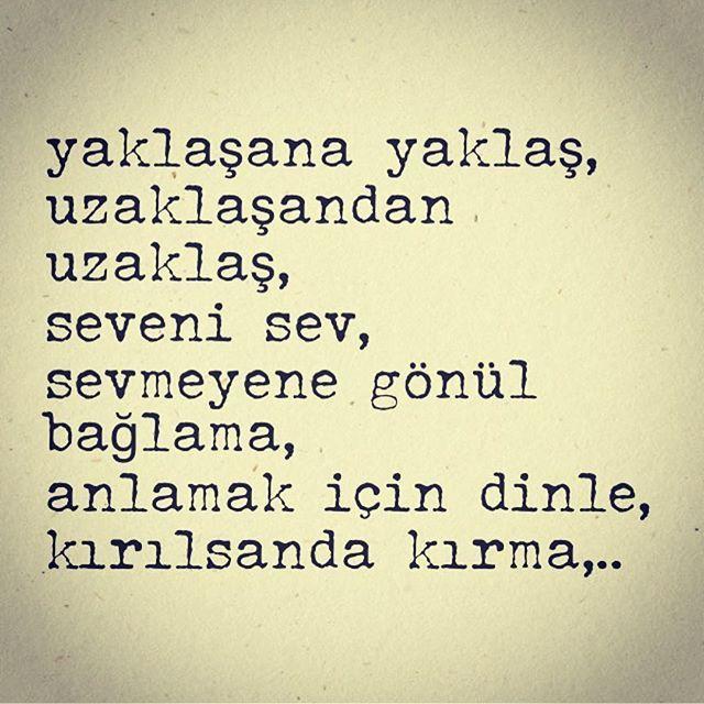 Eyvallah-2 dağıtılmaya başlandı, size en yakın kitapçıya ya da D&R mağazasına ne zaman geleceğini sorabilirsiniz. Birkaç gün içinde tüm Türkiye'ye dağıtılmış olacak inşallah.. #eyvallah #derttaş #aşk #istanbul #kitap #şiir #siir #türkiye #ankara #siirsokakta #şiirsokakta #izmir #bursa #instagram #söz #ask #duygusal #kitapkokusu #kitaplariyikivar #okuyalım #tesettür #mevlana #tasavvuf #kitaptavsiyesi #edebiyat #elifgibisevmek #hikmetaniloztekin