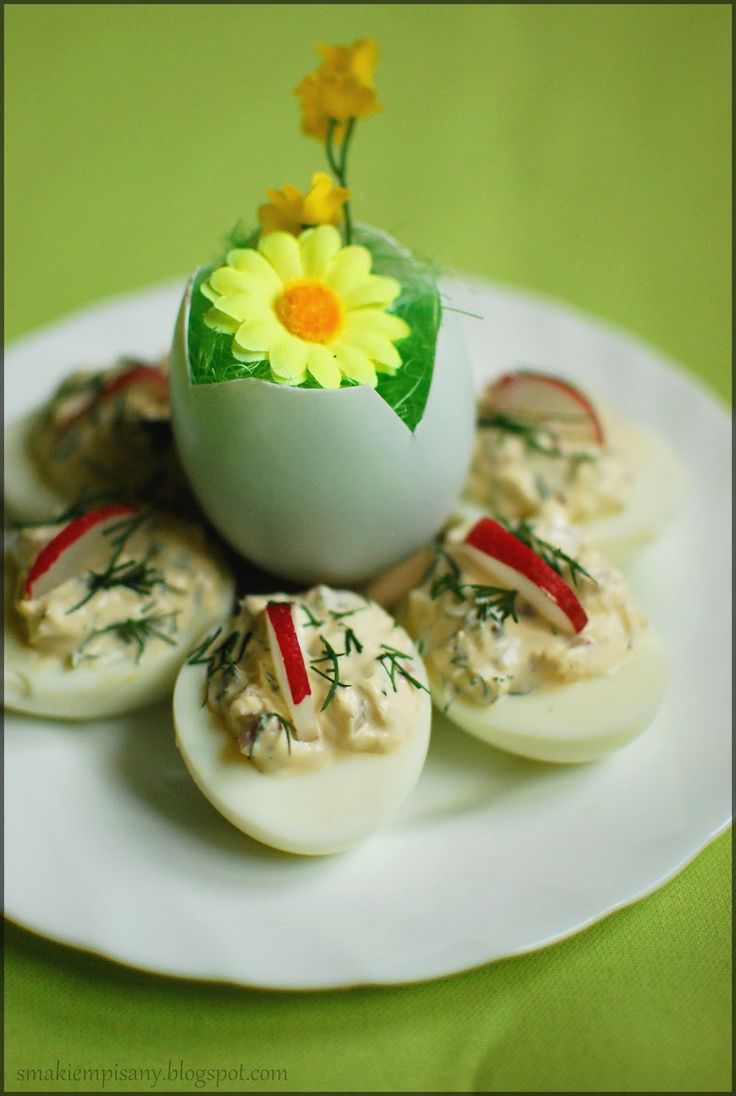 Jajka faszerowane z rzodkiewką by Smakiempisany