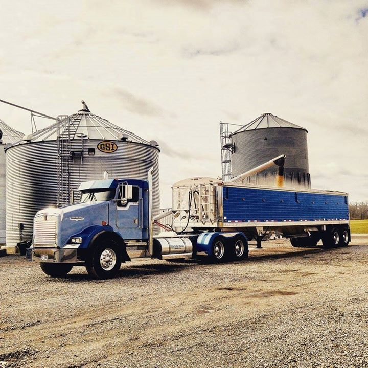 740 Best Images About Big Rigs And 18 Wheelers On Pinterest