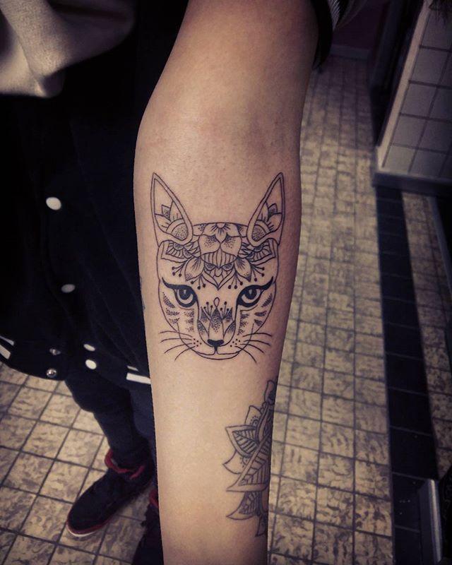 Cat Mandala Tattoosamsara Lesleymekern 010 Schiedam