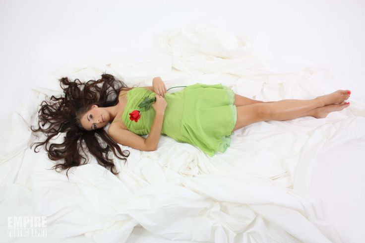 """Model : """" Laying down with rose and dramatic hair """""""