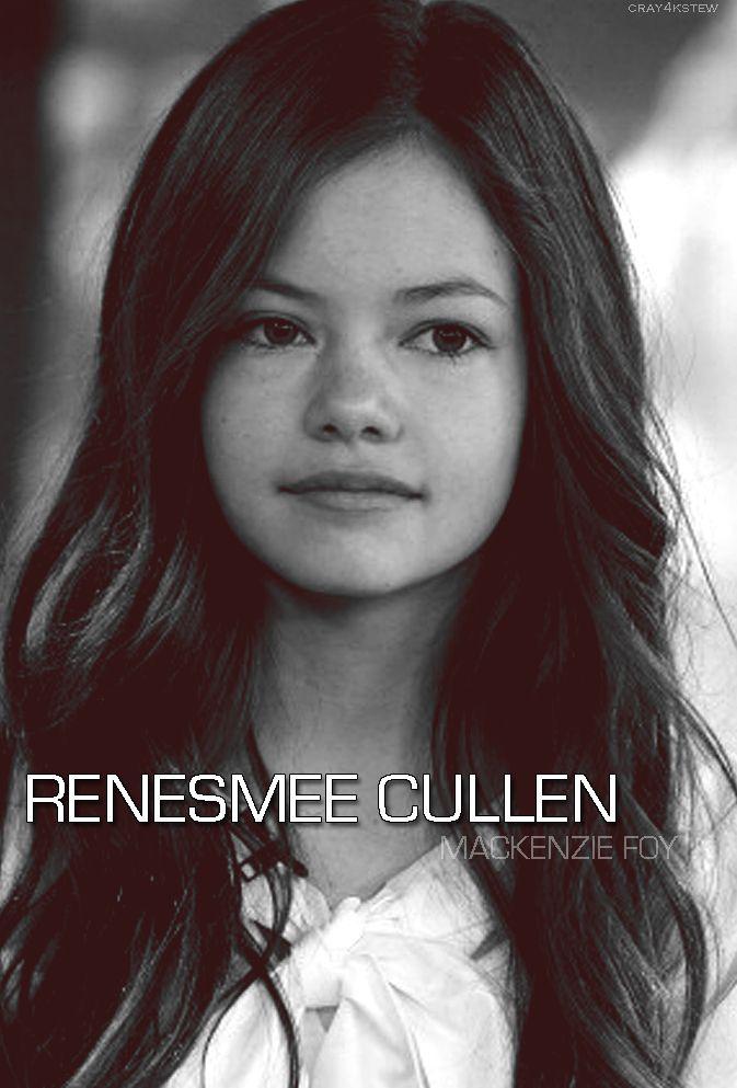 Mackenzie Foy como Renesmee Cullen