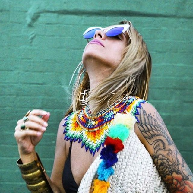 Last year we had the pleasure to cooperate with @disfunkshionmag Seeing Huguette's styling proposals inspires us on a daily basis. Have a look at the beautiful choker - okama handmade by Embera tribe that she is wearing 😍😍😍 we have  last okama of this kind on stock #disfunkshionmag #okama