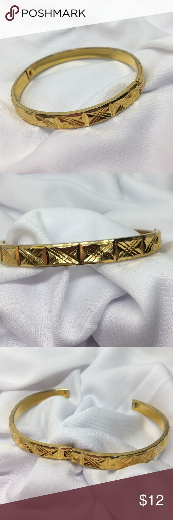 """🆕Vintage 8"""" Etched Gold Hinged Bangle Bracelet An 8"""" gold bracelet with lots of Etched detail. Hinged as shown; easy on, easy off! Purchased at a flea market as vintage in 1985, and stored until now. In excellent vintage condition, only very minor plating wear. Vintage Jewelry Bracelets"""