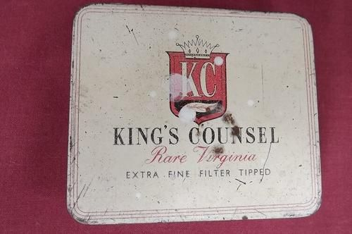 Other Antiques & Collectables - Rare King's Council Virginia 20 cigarettes tin.Made by Perillys Tobacco Manufacturers in South Afric for sale in Oudtshoorn (ID:327876277)