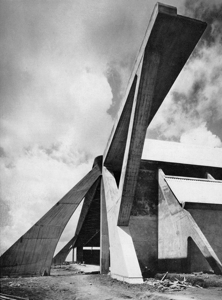 Pier Luigi Nervi. Aviorimesse di cemento armato, orvieto, 1938.
