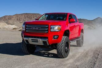 New GMC Canyon. These trucks look so good lifted.